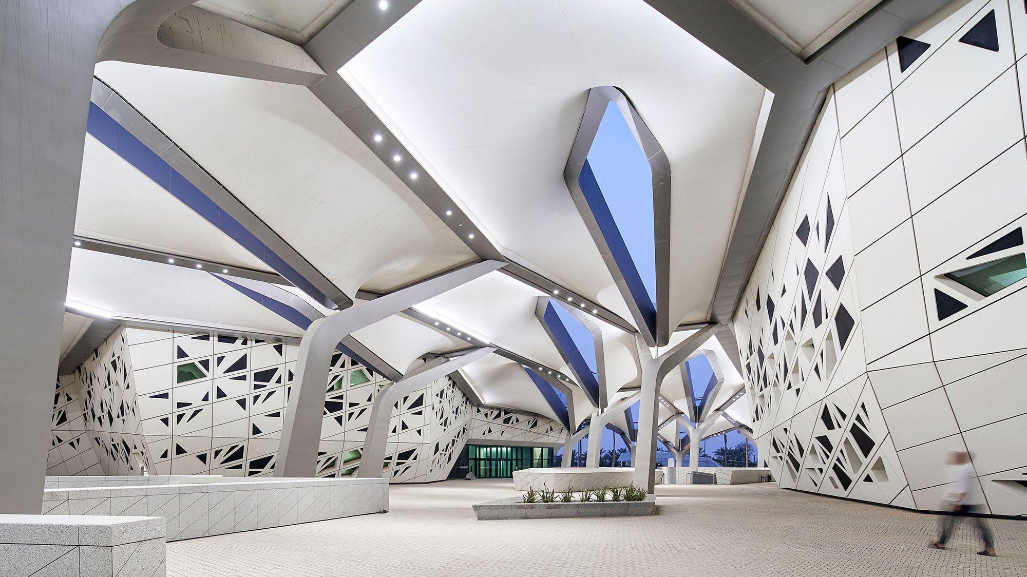KAPSARC interior atrium architectural lighting design OVI Chinese
