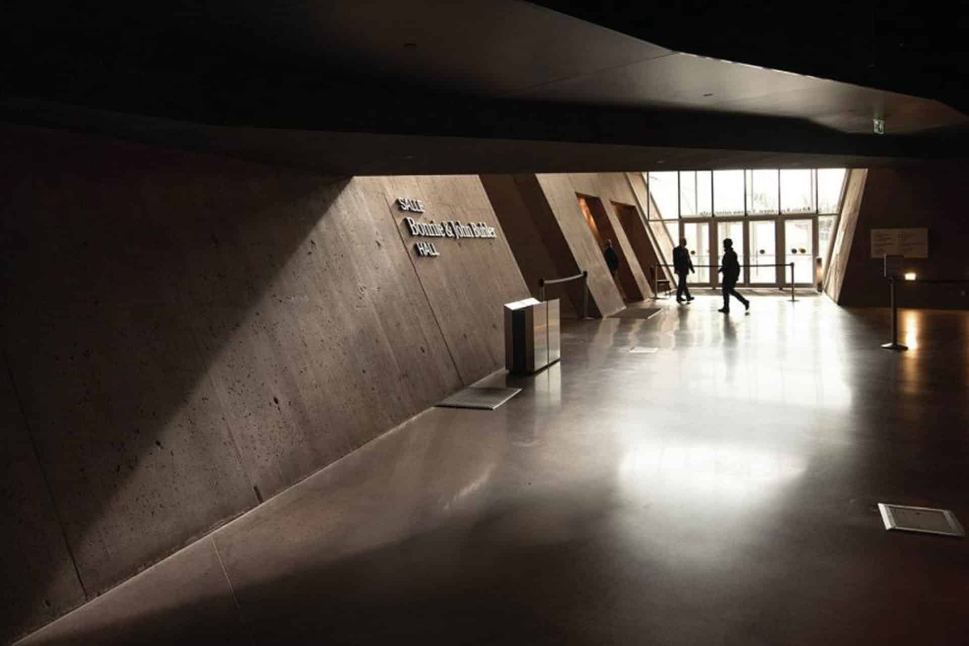 Canadian Museum for Human Rights entrance architectural design lighting Office For Visual Interaction